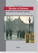 Schüler in Uniform