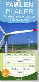 Windkraftanlagen aus der Luft fotografiert - Familienplaner hoch (Wandkalender 2022 , 21 cm x 45 cm, hoch)