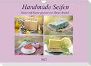 Handmade Seifen - Natur in Szene gesetztCH-Version  (Wandkalender 2022 DIN A4 quer)