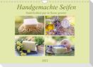 Handgemachte Seifen - Natürlichkeit in Szene gesetztAT-Version  (Wandkalender 2022 DIN A4 quer)