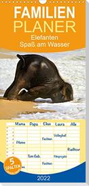 Elefanten. Spaß am Wasser  - Familienplaner hoch (Wandkalender 2022 , 21 cm x 45 cm, hoch)